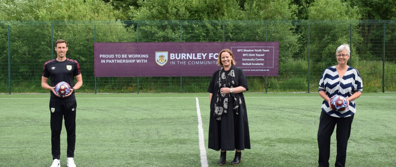 College Group partnership with Burnley FC in the Community expands to include new university level qualification