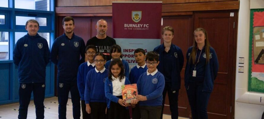 BURNLEY FC IN THE COMMUNITY AND BURNLEY FC SUPPORT SHOW RACISM THE RED CARD